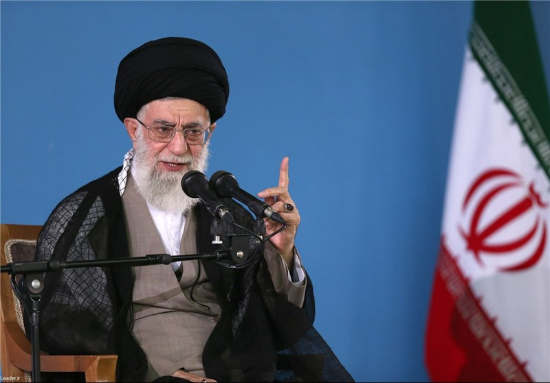Leader: Iranian Nation Will Never Bow to Foreign Pressures