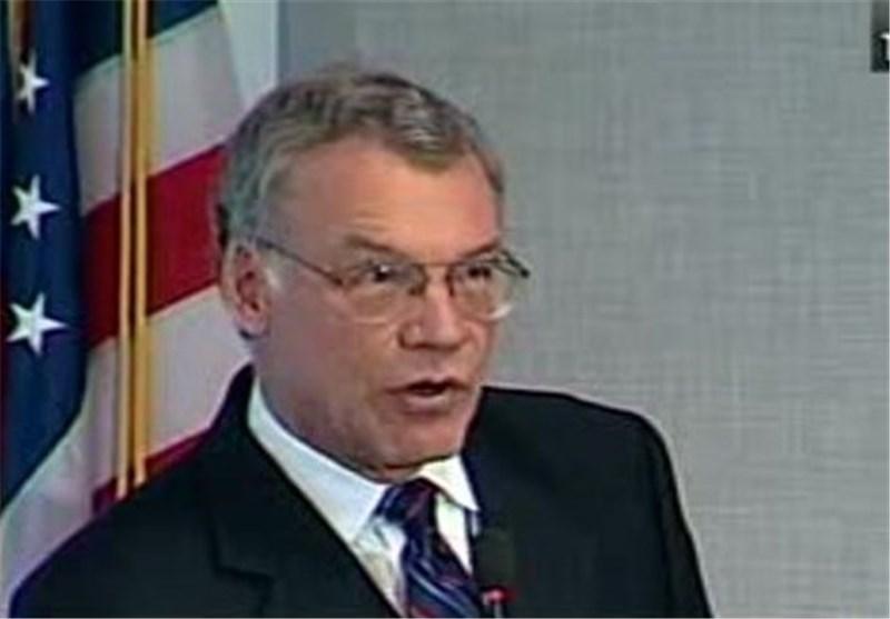 US Economist Blames Oil Price Drop on Increased Oil Production, Slow Demand