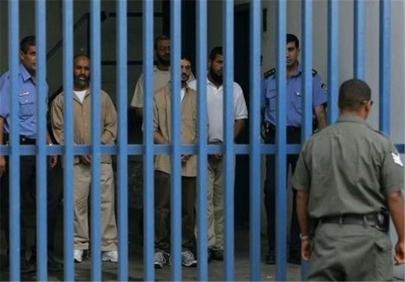 اسرى حرکة الجهاد الاسلامی یحیون ذکرى استشهاد الشقاقی فی سجون الاحتلال