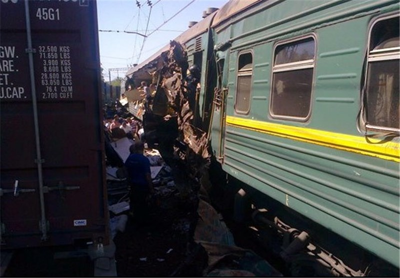 Train Crash in Northern India Kills At Least 40, Many Trapped