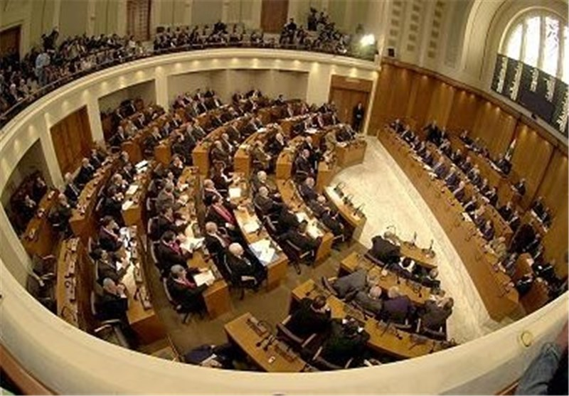 مجلس النواب اللبنانی یمدد لنفسه للمرة الثانیة وسط مقاطعة أبرز حزبین مسیحیین