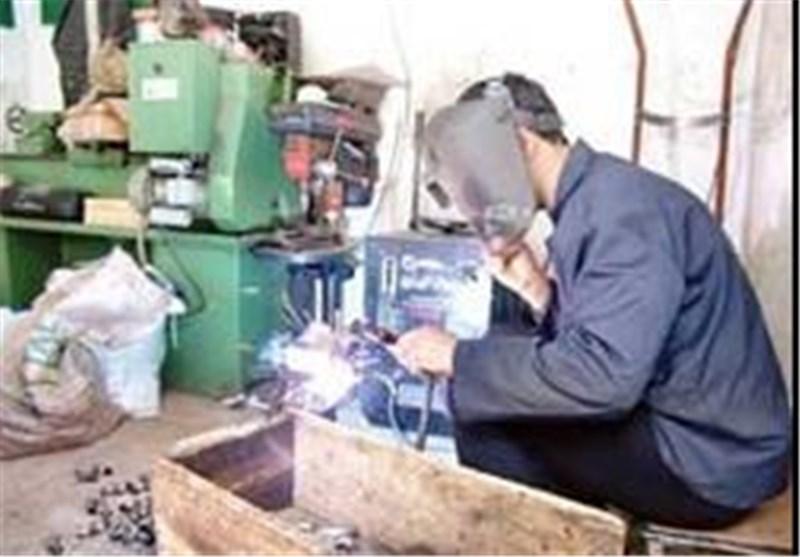 فعالیت اکثر کارخانههای کشور با 10 درصد ظرفیت/این رکود ادامهدار است
