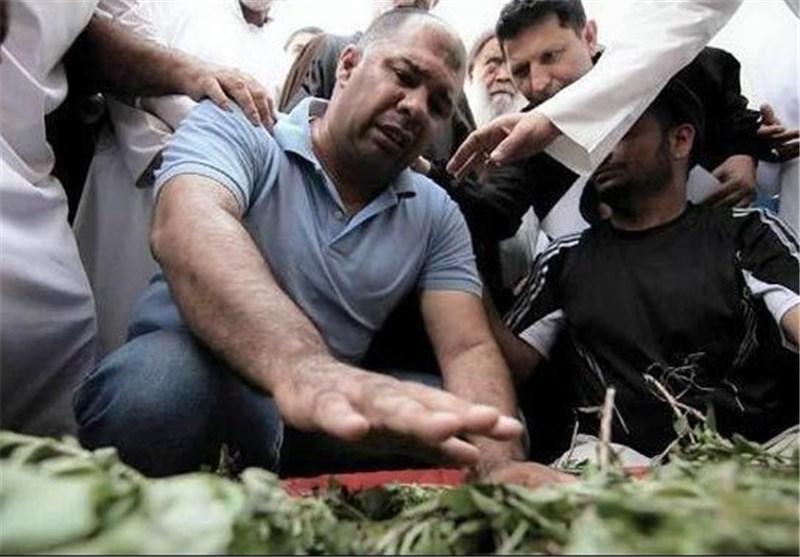 والد طفل بحرینی: المرتزقة أعدمت أبنی میدانیاً بعد محاصرته