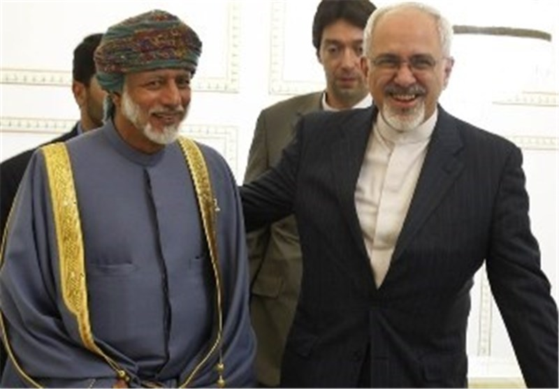 Iranian, Omani FMs Discuss Bilateral, Regional Issues