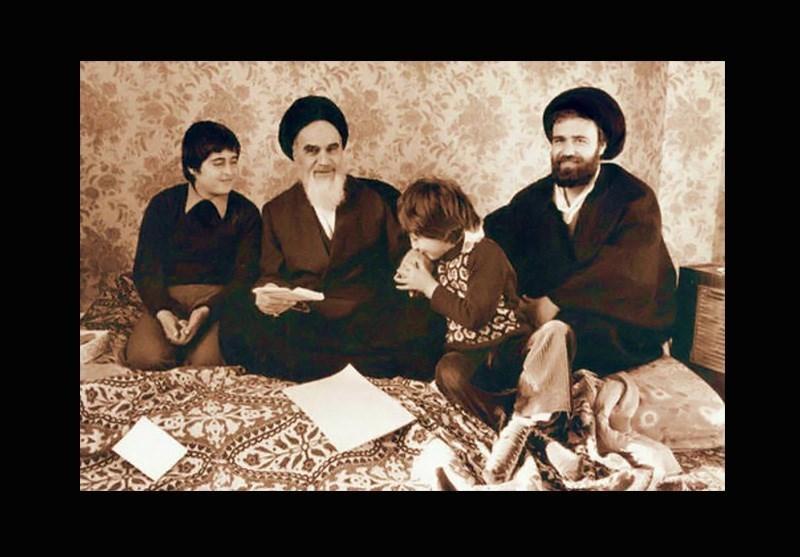 اعلامیههای امام را چه کسی مینوشت؟