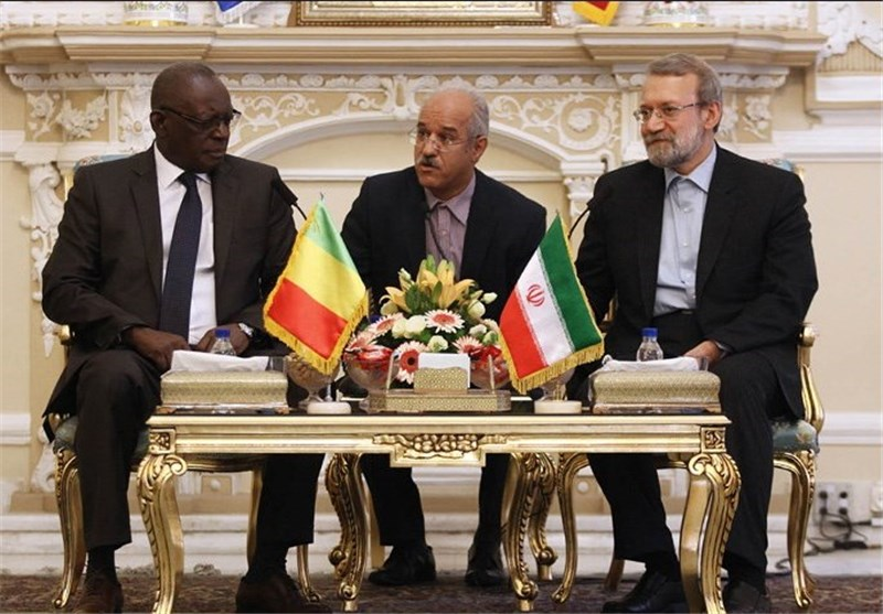 رئیس مجلس مالی با لاریجانی دیدار کرد