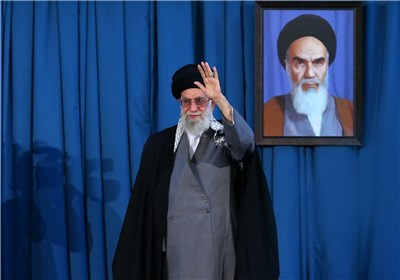 آغاز سخنرانی امام خامنهای در حرم امام رضا (ع)