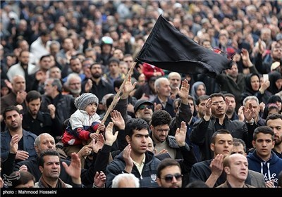 تجمع مواکب العزاء فی یوم رحیل بضعة الرسول (ص) الزهراء البتول (ع) فی طهران