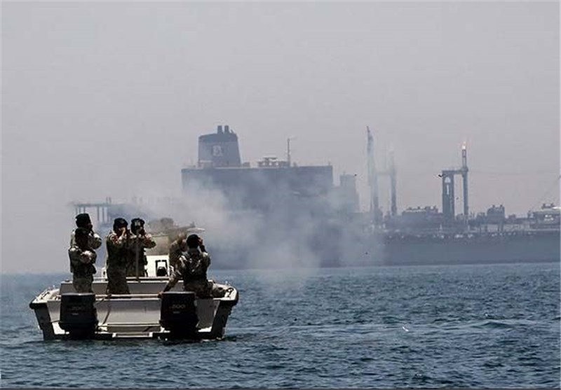 Iranian Navy Saves Oil Tanker from Pirates