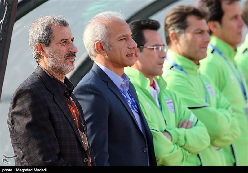 Iran Olympic Coach Khakpour Laments Players' Lack of Focus