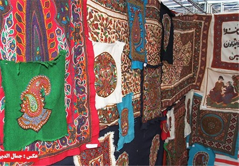 Russia, Japan Eager to Host Exhibition of Iranian Handicrafts