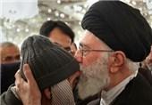 حاج رجب محمدزاده جانباز 70 درصد به آرزوی خود برای دیدار با رهبری رسید