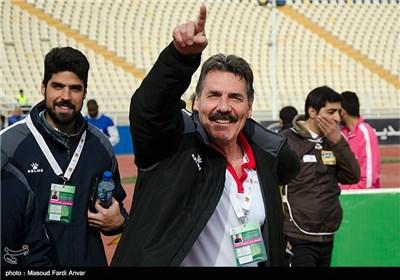 دیدار تیمهای فوتبال تراکتورسازی تبریز و استقلال خوزستان