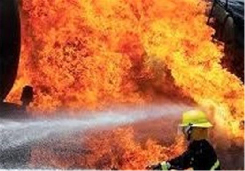 بیش از 15 لنج صیادی در اسکله شهرستان دیر سوختند