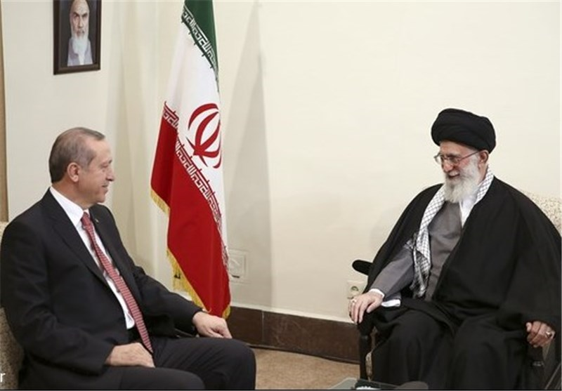 Leader Reiterates Iran's Strong Opposition to Foreign Meddling in Region