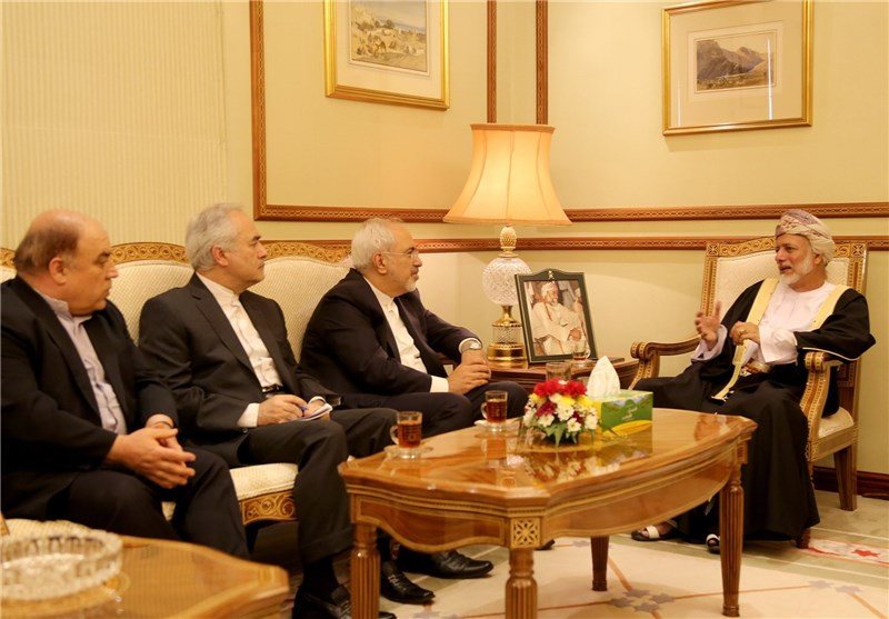 Iran Ready to Cooperate with Oman on Yemen Crisis: Zarif