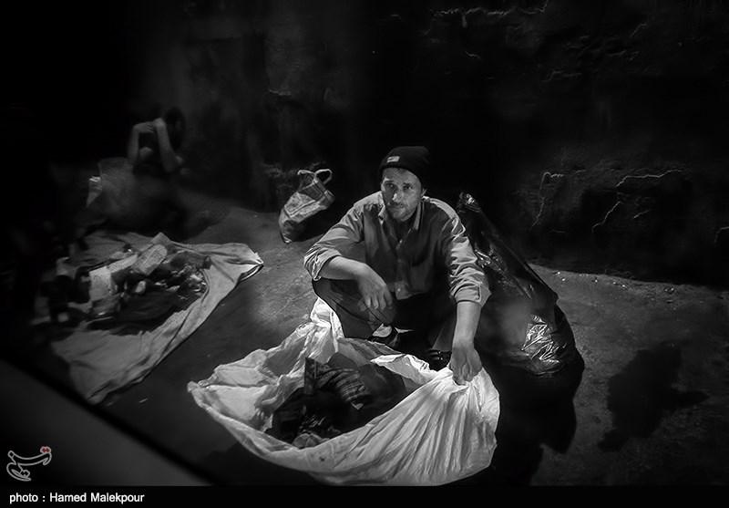 جولان کارتنخوابها در محوطه باستانی سبزوار/ چه کسی باید نظارت کند؟