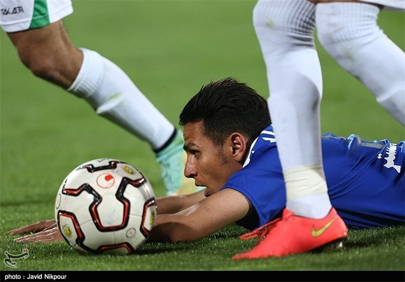 Esteghlal Held by Malavan in Iran Professional League