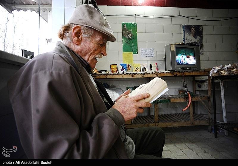 نانوایی دوستدار کتاب در گیلان