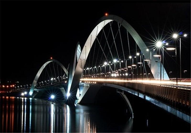 بزرگترین پل معلق خاورمیانه در مشگینشهر به بهرهبرداری میرسد
