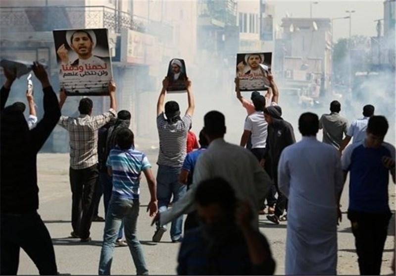 قوات أمن النظام الخلیفی تهاجم متظاهرین سلمیا طالبوا بالافراج عن الشیخ علی سلمان
