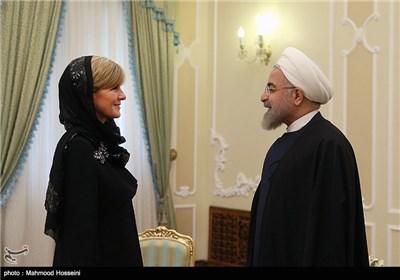 Iranian President Meets Australian FM in Tehran