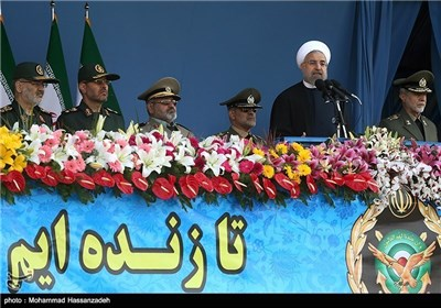 Photos: Iran's Armed Forces Mark Nat'l Army Day