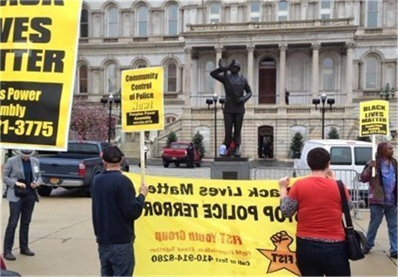 تظاهرات فی بالتیمور بسبب وفاة شاب أمریکی أسود فی سجن للشرطة الامریکیة