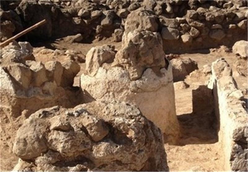 اکتشاف قطع من صالة «له لار» ذات الأعمدة یعود تاریخها الى ماقبل 3 آلاف عام