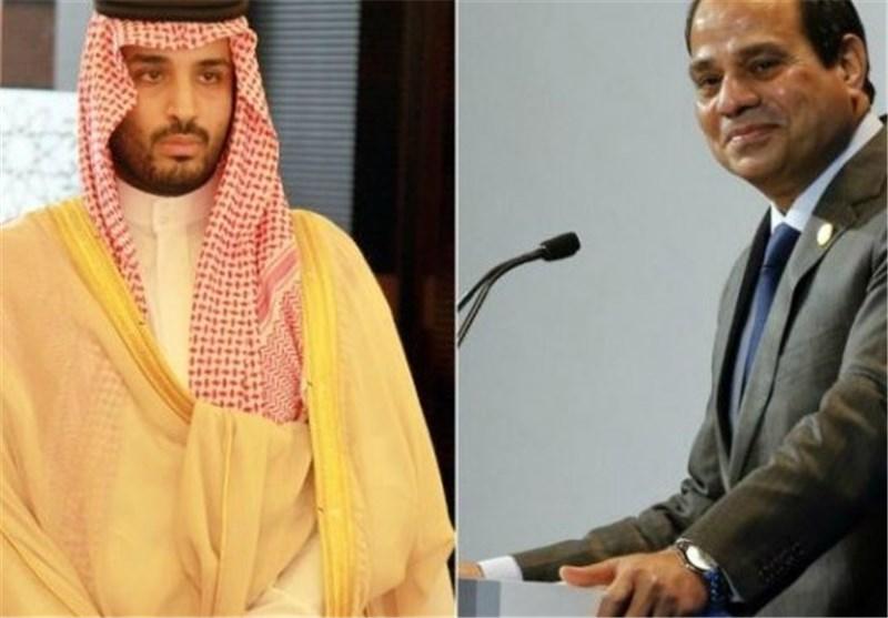 وزیر الدفاع السعودی ینهال على مصر والشعب المصری بالشتائم