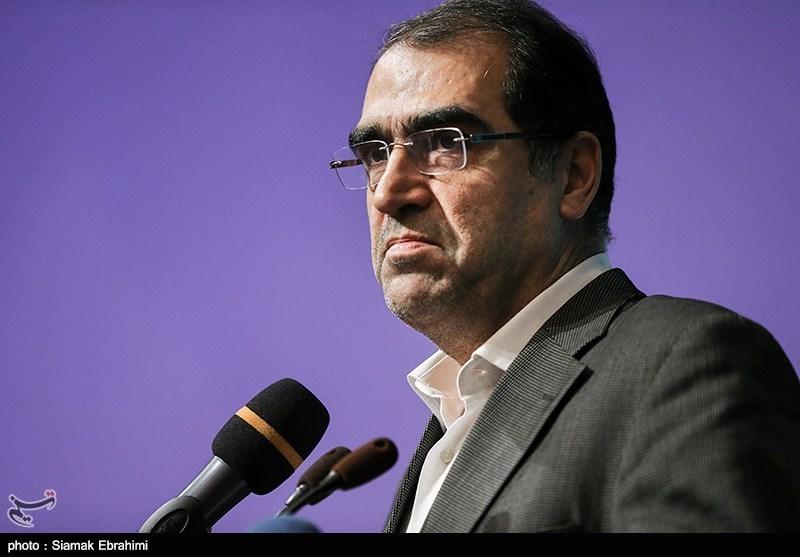 سیدحسن هاشمی وزیر بهداشت در مراسم یازدهمین دوره اعطای نشان ایمنی و سلامت ایران