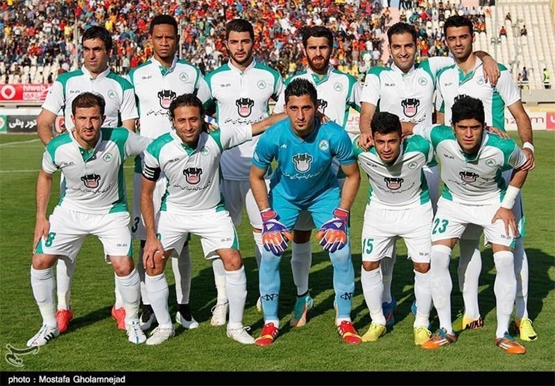 Fenerbache Hammers Iran's Zob Ahan Football Team in Friendly