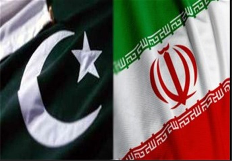 ایران الاسلامیة وباکستان توقعان علی مذکرات تفاهم فی مختلف المجالات