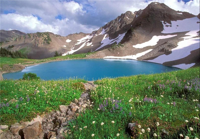 کوه گل دنا