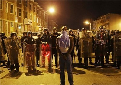 امتداد موجة الاحتجاجات الی مختلف المدن الامریکیة استمرارا لتظاهرات مدینة بالتیمور+ صور