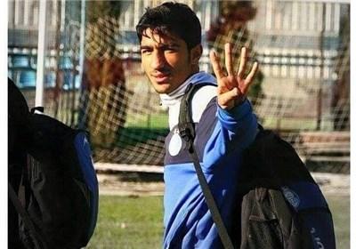 Image result for عکس های محسن کریمی در استقلال