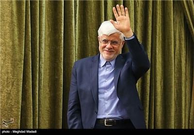 اختصاصی  محمدرضا عارف با شعار «عدالت و مسئولیت» اعلام کاندیداتوری میکند