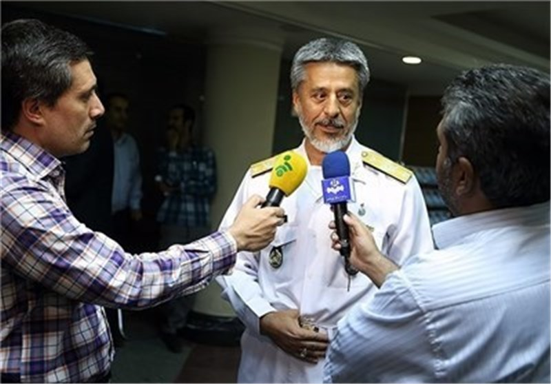 Iran's Navy to Employ New Submarine