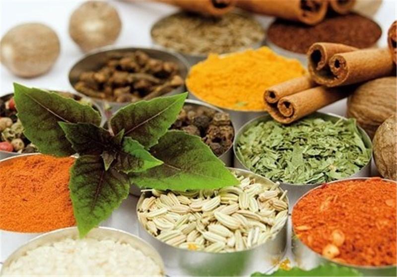 سالانه 200 تن انواع گیاهان دارویی از استان فارس صادر میشود