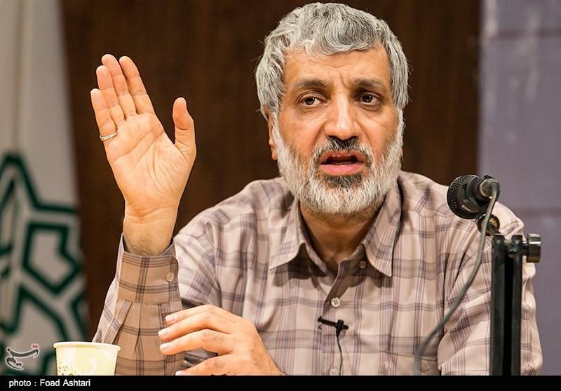گفتگو|فیاض: نظام حزبی دموکراسی را به ابتذال و انحصارگرایی میکشاند/ انقلاب اسلامی مبدع مردمسالاری مشارکتی است