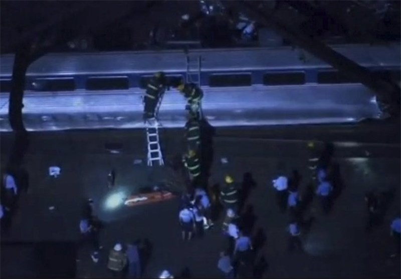 Amtrak Train Derails in Philadelphia, Killing At Least 5