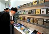 امام خامنه ای از نمایشگاه کتاب تهران بازدید کردند
