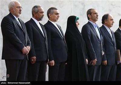 هیئت ایرانی در مراسم استقبال رسمی از فواد معصوم رئیسجمهوری عراق توسط حجتالاسلام حسن روحانی رئیس جمهور
