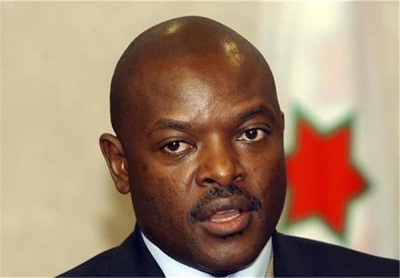 Burundi President Unexpectedly Sworn In for Third term