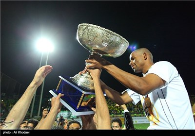 Isfahan's Sepahan Football Team Wins Iran Pro League Trophy