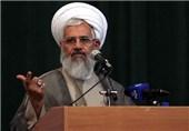امام جمعه زنجان: ملت ایران در طول 40 سال در برابر استکبار جهانی با قدرت ایستاده است