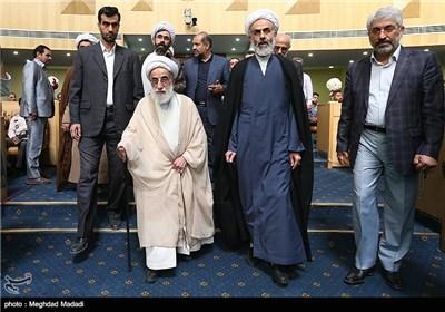 آية الله جنتي في الدورة الـ ۳۲ للمسابقات الدولية للقرآن الكريم في العاصمة طهران