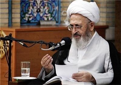 انقلاب اسلامی سیر تاریخ را بهسوی معنویت و دین برگرداند/ دشمنان در چهرههای گوناگون به جهان اسلام یورش آوردند