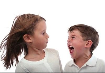 با رفتار پرخاشگرانه در کودکان چگونه برخورد کنیم؟