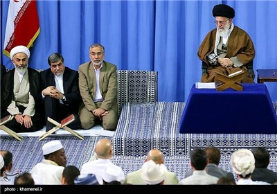 Iran's Quran Competition Participants Meet with Supreme Leader